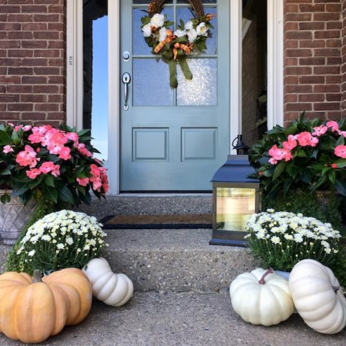 Fall Front Porch Ideas to Transition from Summer to Fall