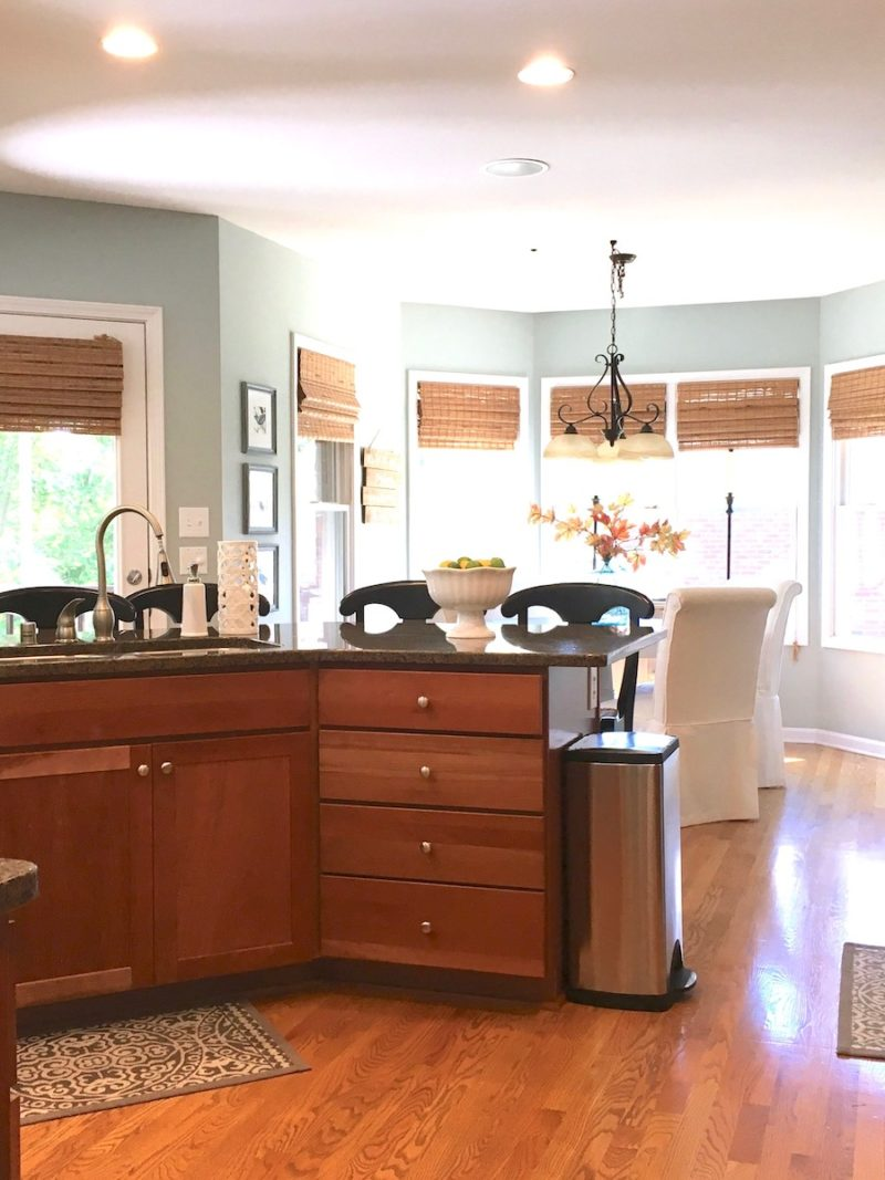 kitchen-makover-painted-cabinets