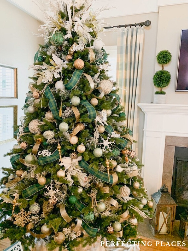 Green Tartan Plaid Christmas Tree