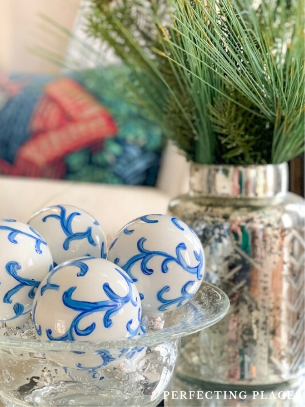 Handpainted Chinoiserie Christmas Ornament DIY